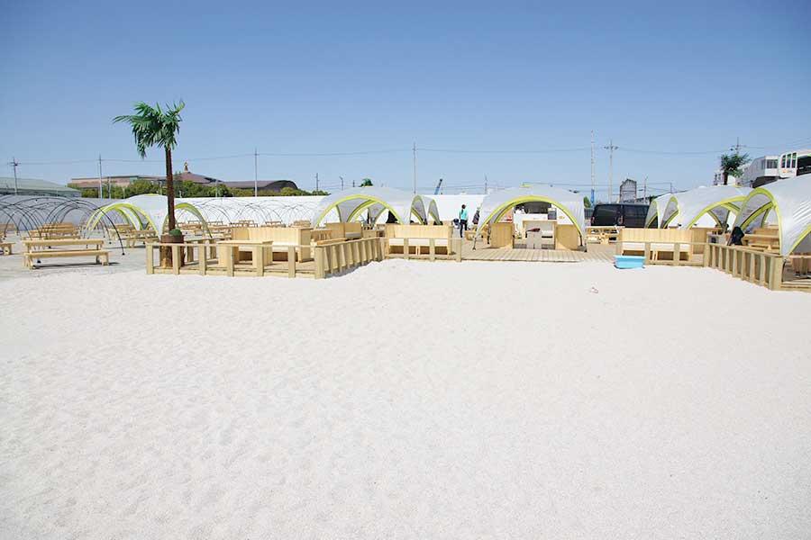 タチヒビーチのBBQゾーン