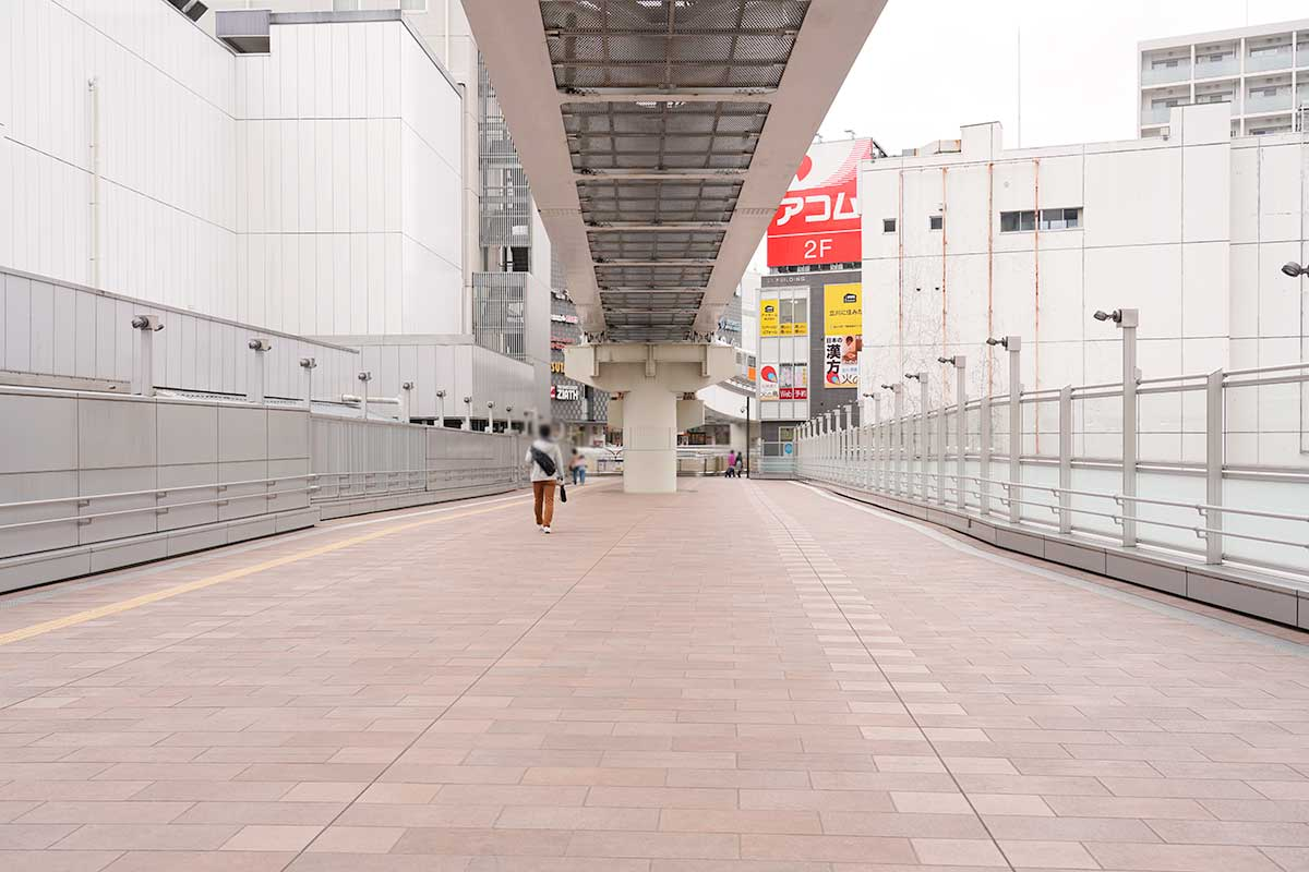 週末の立川駅前・南口と駅ビル編